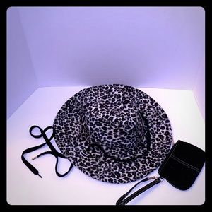Snow Leopard Print fleece Hat